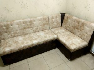 кухонный диван перетяжка